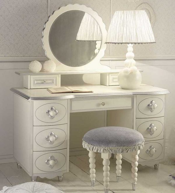 dressing tables 1