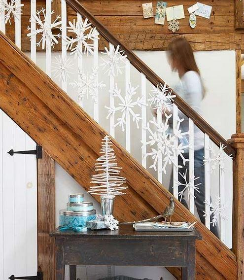 Christmas stairs decoration 8