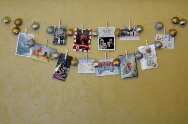 make a christmas card display 1