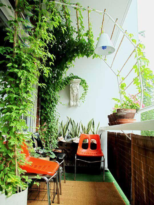 Diy balcony vertical garden ideas little piece of me for Balcony vertical garden ideas