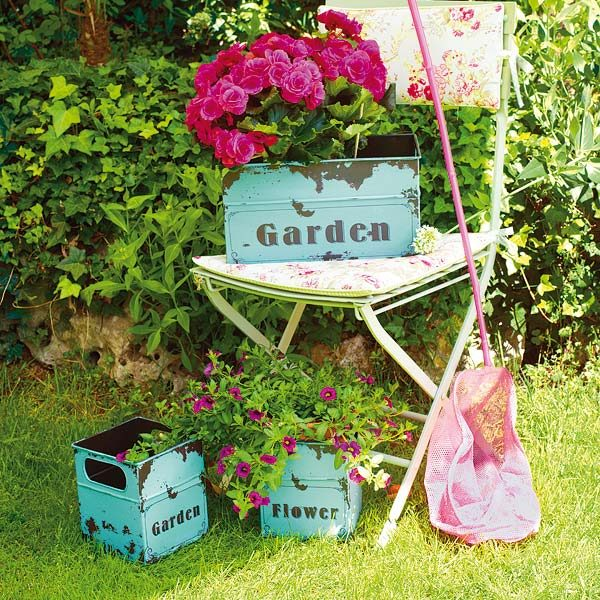 Vintage garden decor ideas little piece of me for Decoration jardin shabby