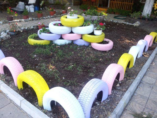Recycling Tyres In The Garden Littlepieceofme