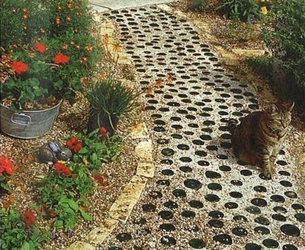 cheap garden path ideas