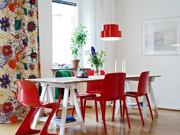 coloured dining room chairs