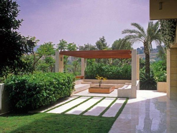 modern garden designs for small gardens