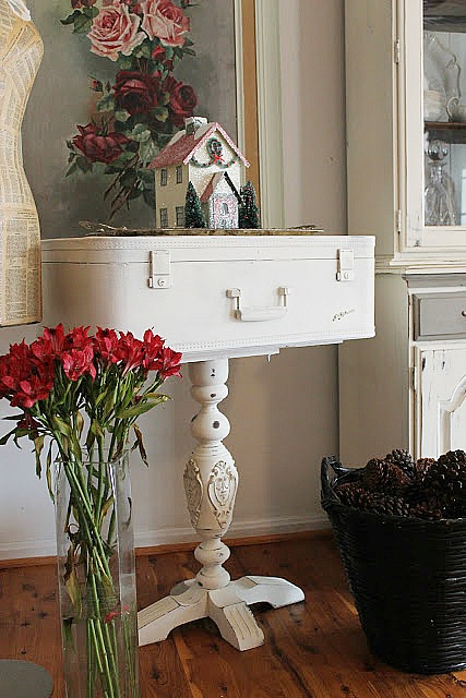 decorating with old suitcases