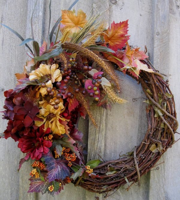 beautiful front door wreaths