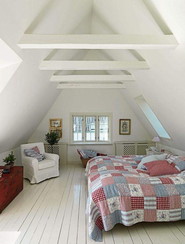 attic bedroom decorating