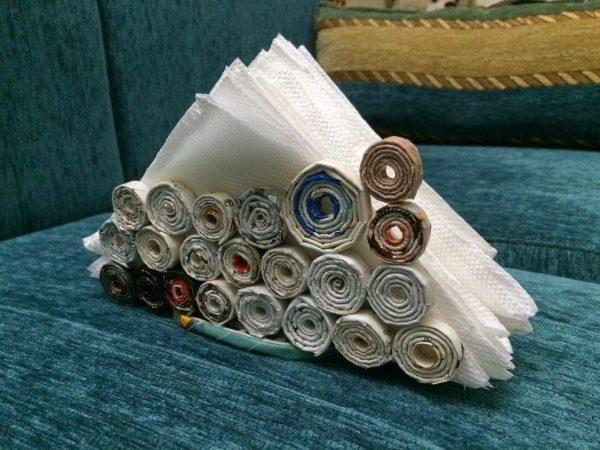 recycle newspaper ideas
