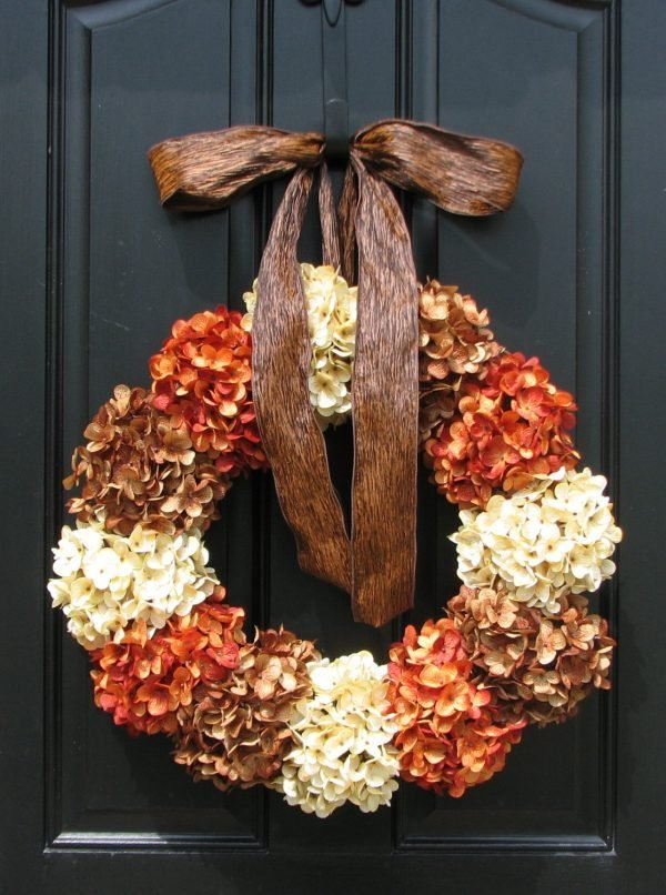 25 gorgeous diy fall door wreaths little piece of me. Black Bedroom Furniture Sets. Home Design Ideas