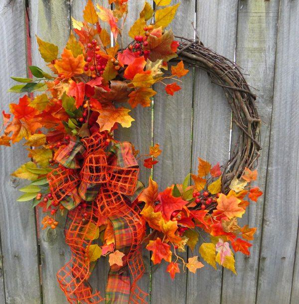 25 Gorgeous DIY fall door wreaths