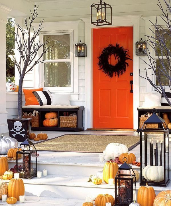halloween porch decoration