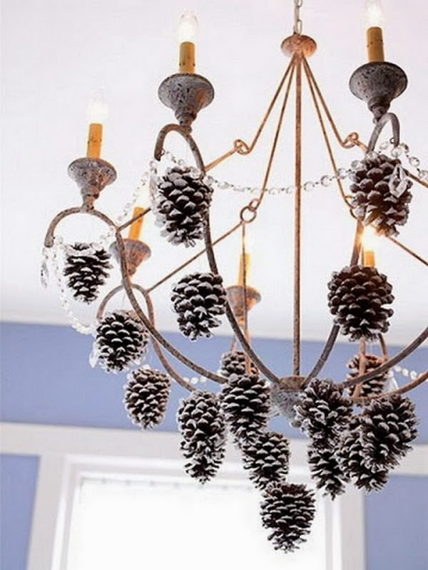 decorations with pine cones