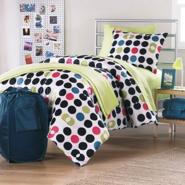 polka dot bedroom decor