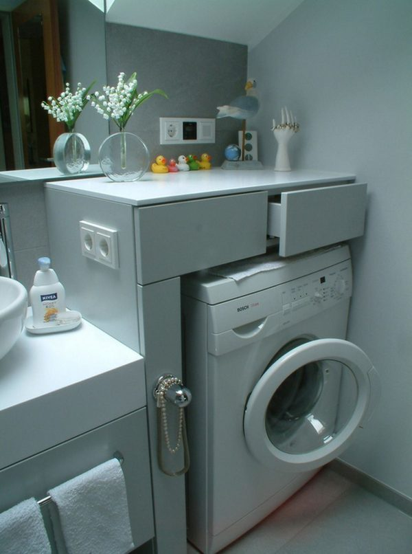 small laundry room organization