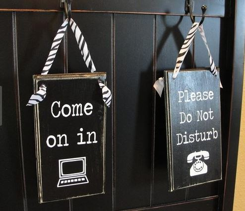 design your own door hanger