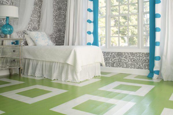 paint wood floors