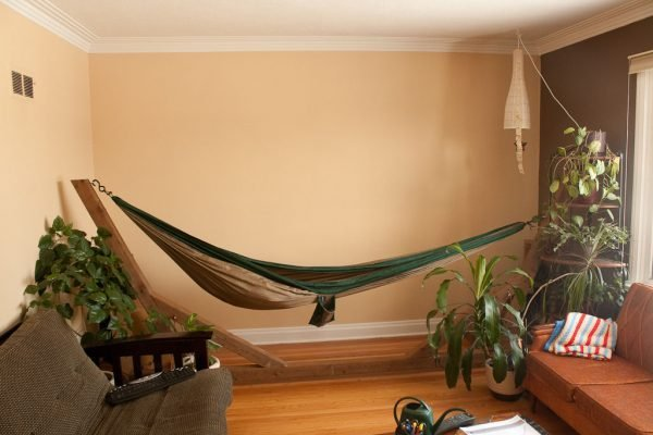 indoor hammock beds