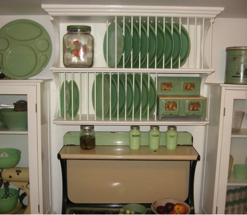 Kitchen shelves 15
