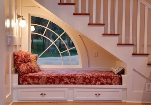 Reading nooks with Comfortable Design