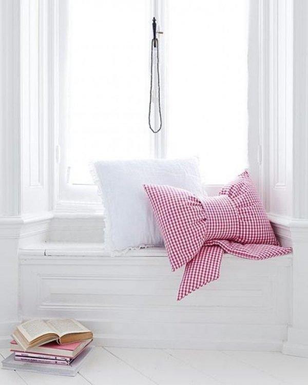 small throw pillows
