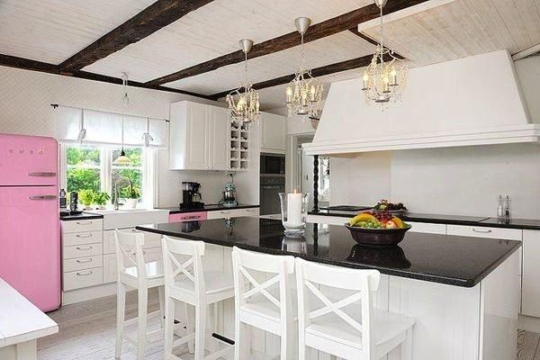 26 Retro Fridges for Modern Kitchen Design