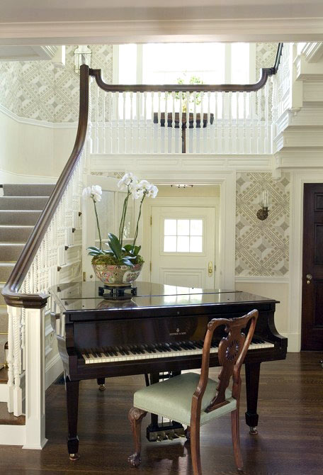 piano in house