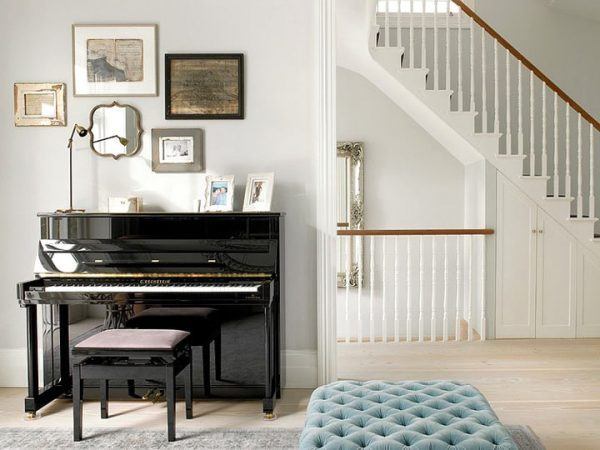 piano in house 1
