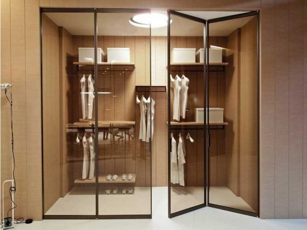 small dressing rooms