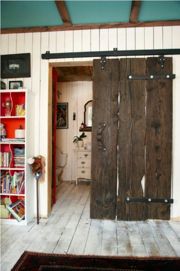 Sliding interior barn doors