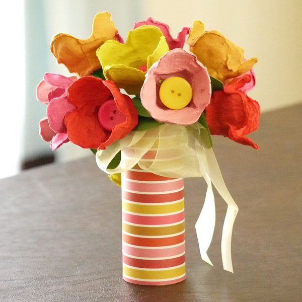crafts to make with egg cartons