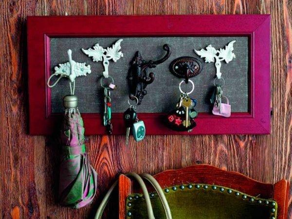 diy key holder for wall