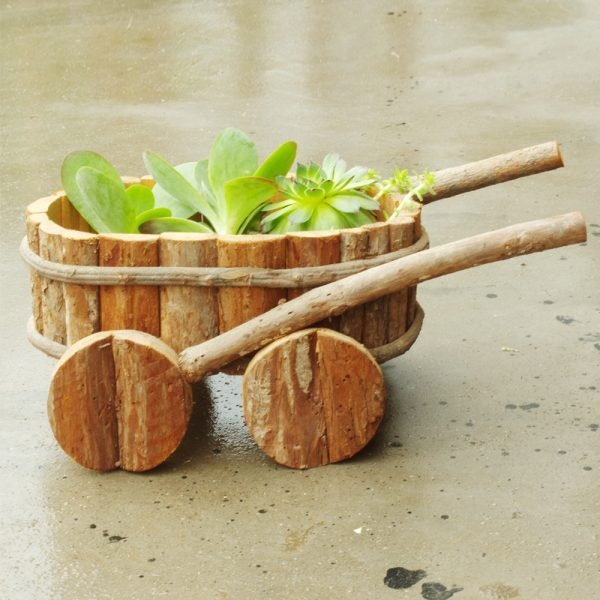 10 wooden flower pots ideas littlepieceofme - Wooden containers for flowers ...