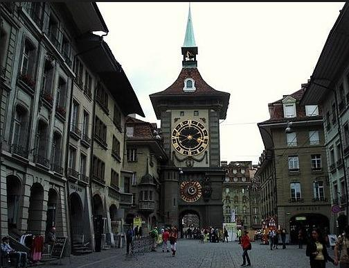 Zytglogge-tower-Bern-Switzerland