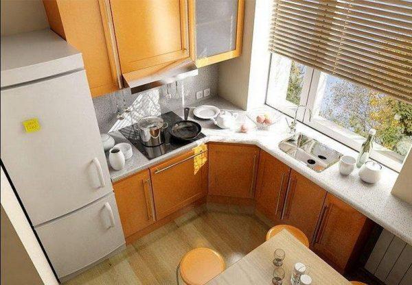 kitchen window above sink 1
