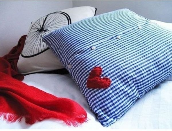 Decorative Pillows Make Your Own : Make your own decorative pillows - Little Piece Of Me