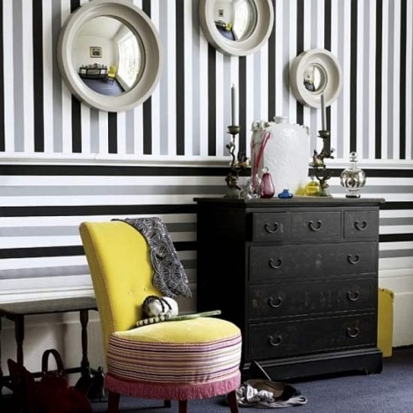 Tips how to decorate a hallway