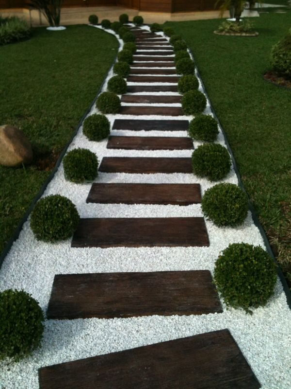 decorative stones for yards