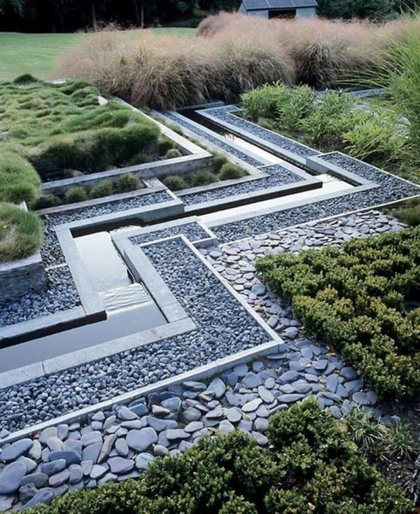outdoor decorative stones