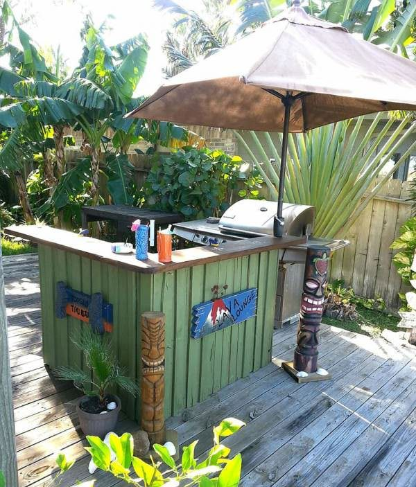 16 Amazing Contemporary Home Bars For The Best Parties: Cheap Ideas For Decorating Your Garden: 18 Outdoor Garden