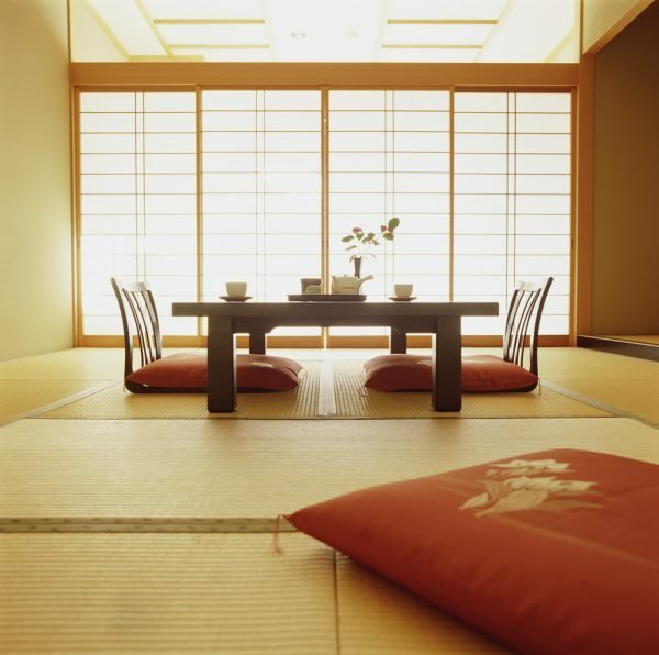 japanese-style-dining-table
