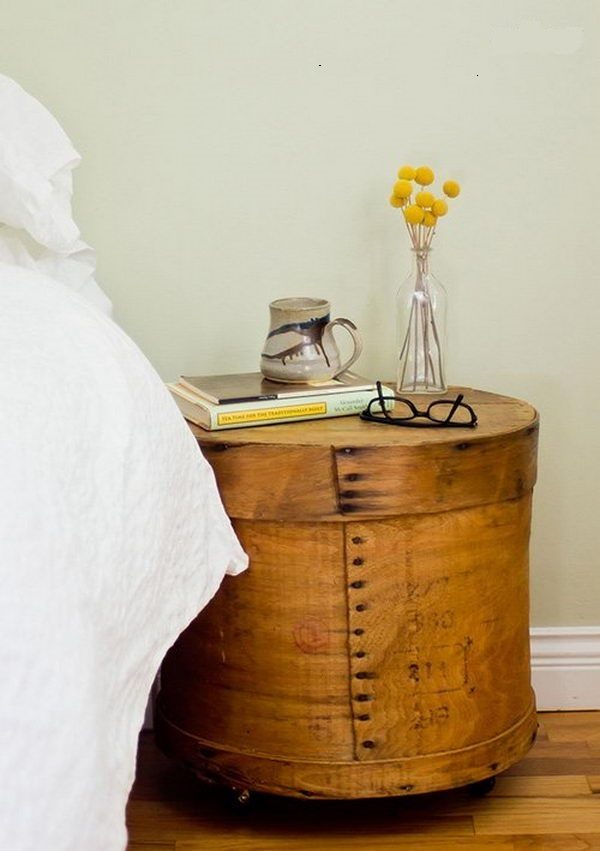 17 cool nightstand ideas little piece of me for Creative nightstand ideas