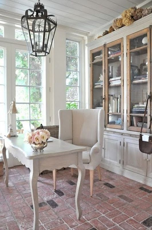 Excellent. New Shabby Chic Desk On Pinterest Home Desk Office ...