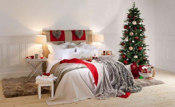 christmas-decorations-for-your-bedroom