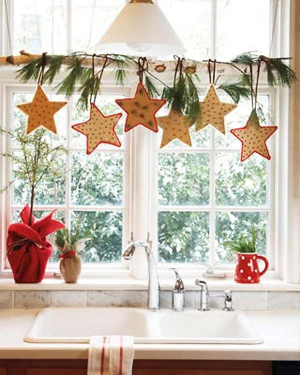 Window Decorating Ideas For Christmas