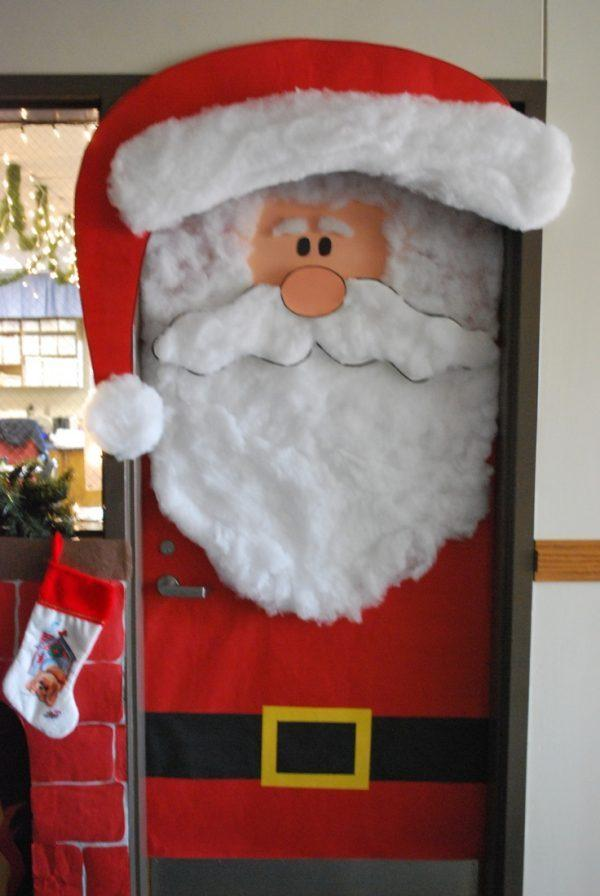 holiday-door-decorations
