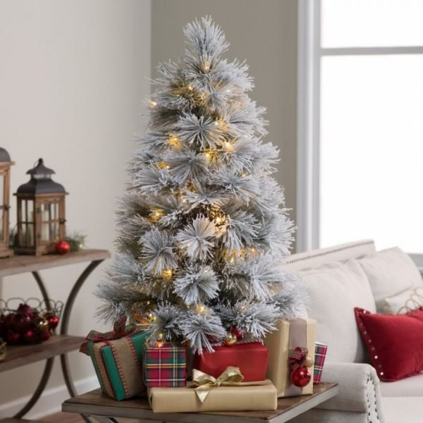 vintage-christmas-tree-decor