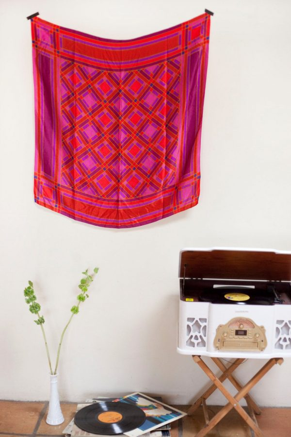 hang scarf on wall