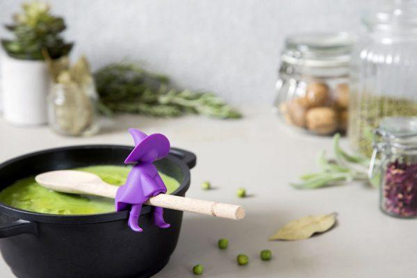 decorative kitchen utensils