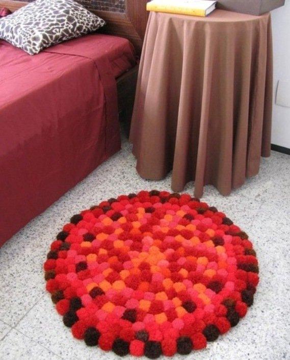 pompom rug3